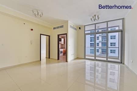 1 Bedroom Flat for Rent in Dubai Marina, Dubai - Higher floor beautiful view DEC Tower with balcony