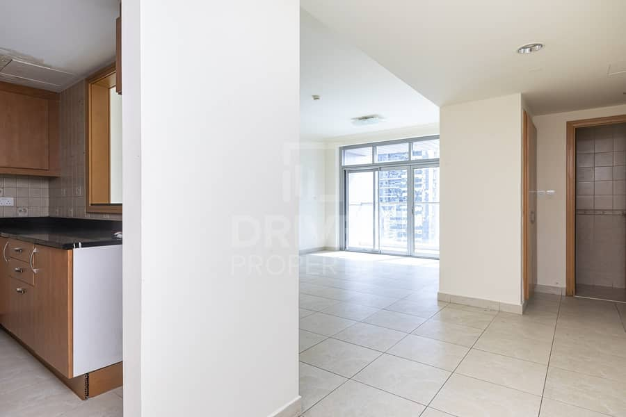 2 Upgraded Apt | Lake View | Best Location