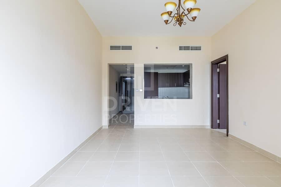 High Floor   Vacant   Brad New Apartment