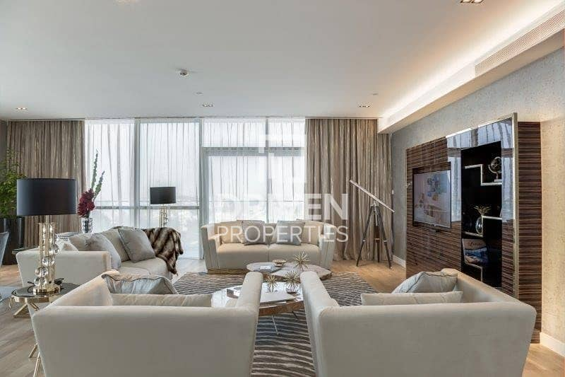 2 Simplex and Furnished w/ Boulevard Views