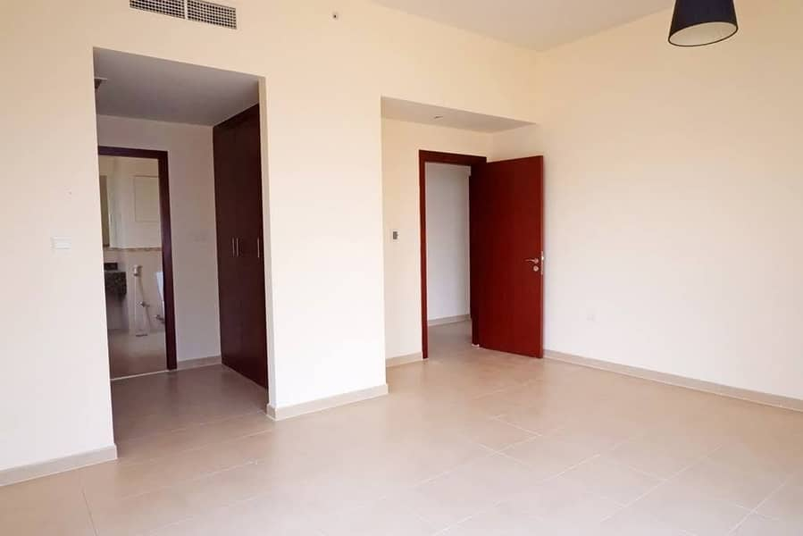 2 JBR 3Bedrooms for rent low floor Available