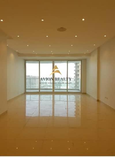 فلیٹ 3 غرف نوم للايجار في أبراج بحيرات الجميرا، دبي - Lake Facing | Upgraded | Massive 3Br | Maids & Laundry room - JLT