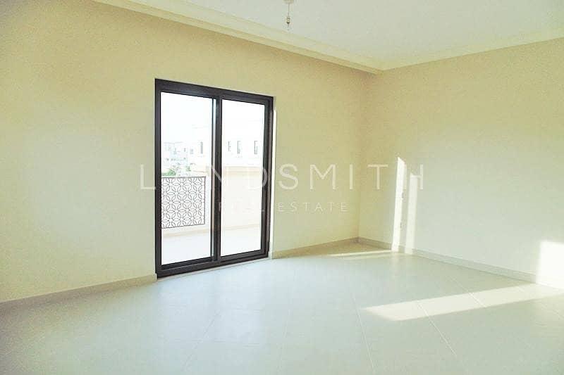 2 Landscaped Bright 4 Bedroom Type 1 Yasmin Villa