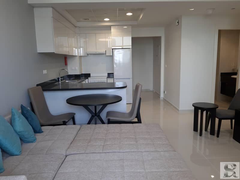 EXCLUSIVE | FURNISHED | VACANT