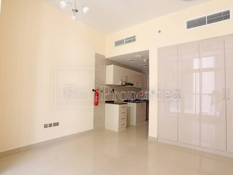 Spacious Studio with balcony | Ideal for investors and end users