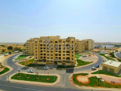 3 Bedroom Flat for Rent in Baniyas, Abu Dhabi - Open airy large layout two beds & maid