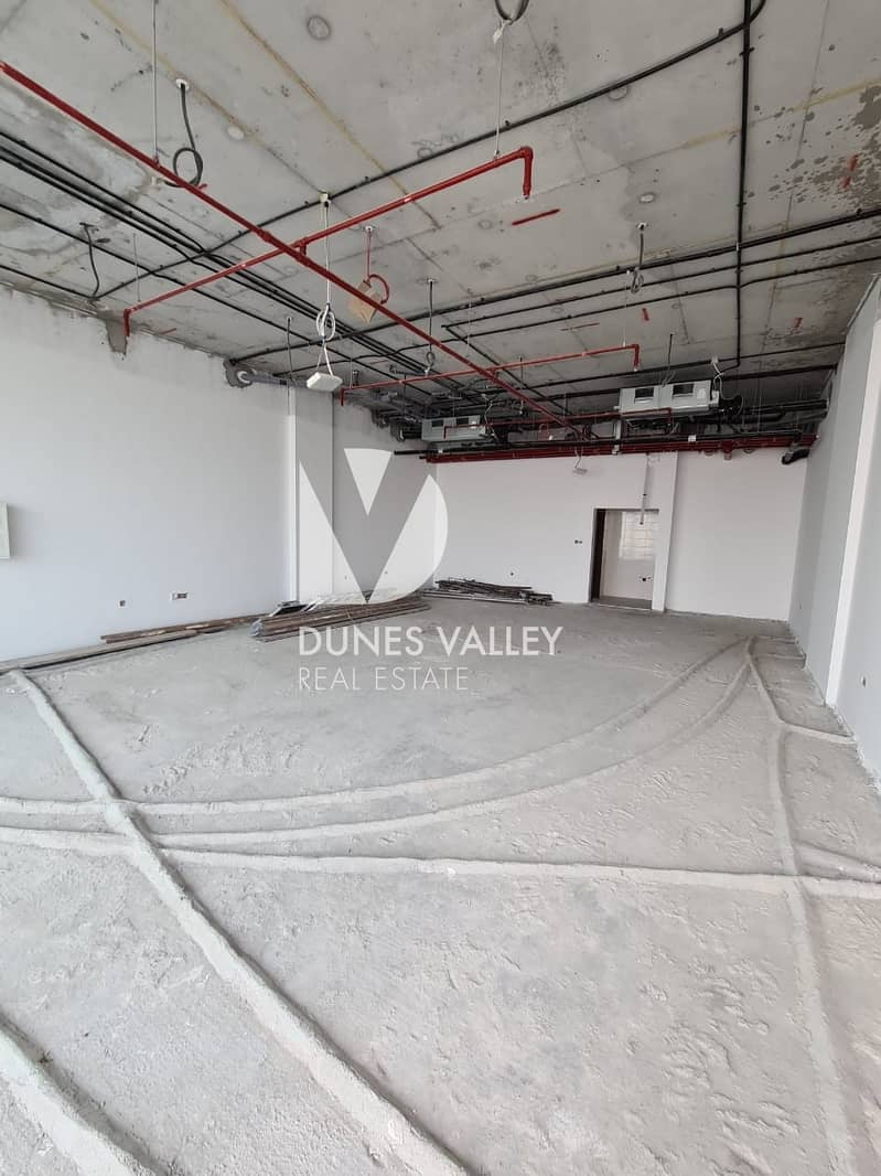 10 Spacious Retail Shop for rent in Jebel Ali