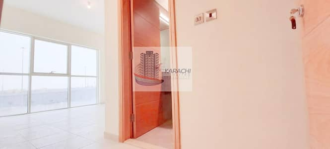 شقة 2 غرفة نوم للايجار في شاطئ الراحة، أبوظبي - Brand New 02 Master Bedroom Apartment With Gym And Pool Amenities Including Parking Space!!