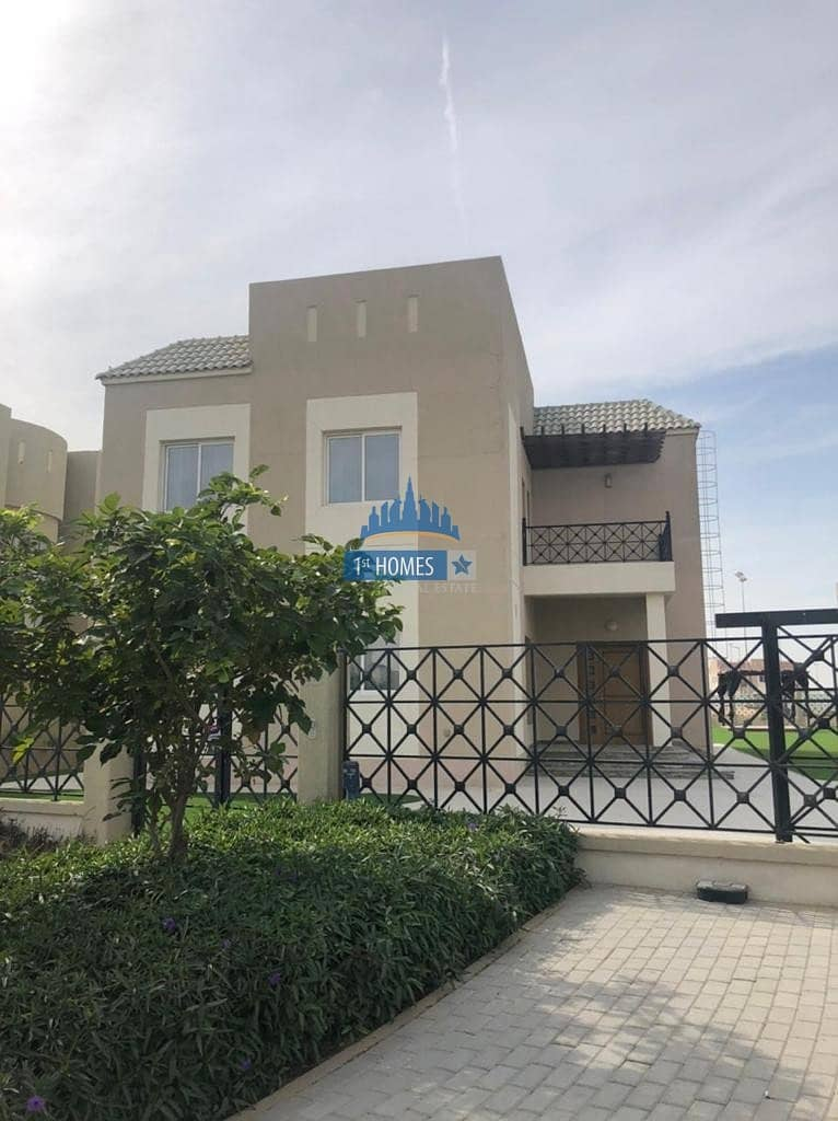 2 5BR Villa with Private Pool / Full Furnished / Vacant