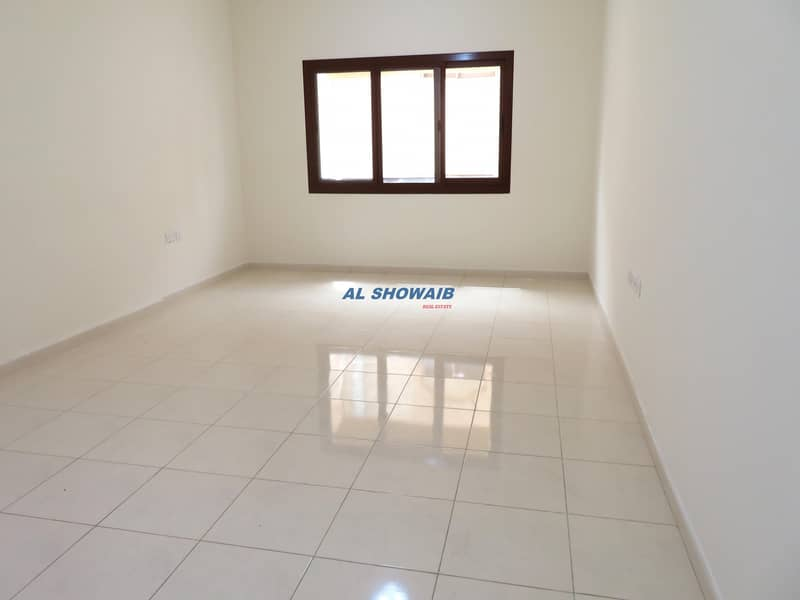 2 425 SQ-FT QUALITY STUDIO NEAR AL FAHIDI METRO