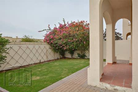 فیلا 2 غرفة نوم للايجار في الينابيع، دبي - Available May | Close to Souk | Type 4E