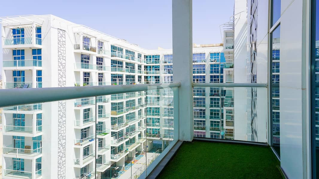 18 High floor well maintained 2 bed