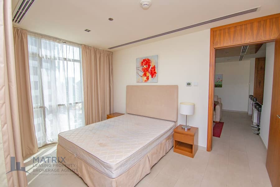 2 Exclusive Large Unit | Immaculate & Spacious