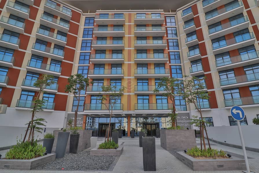 32 Brand New | Lovely and Clean | Furnished 1BR