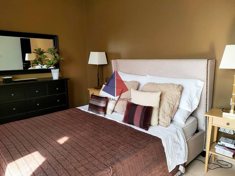 17 BRAND NEW FULLY FURNISHED  2 BED  SALE @ JUST 520K