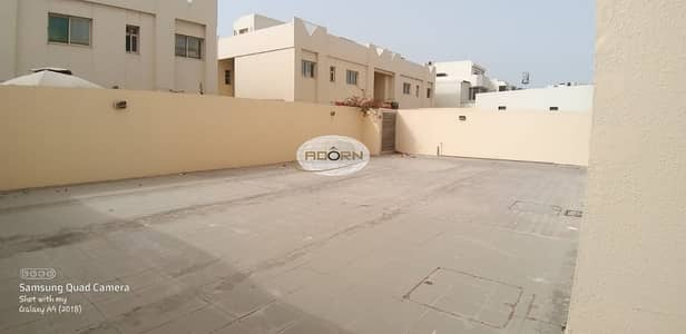 5 Bedroom Villa for Rent in Al Wasl, Dubai - Beautiful 5br commercial villa for rent in al wasl road