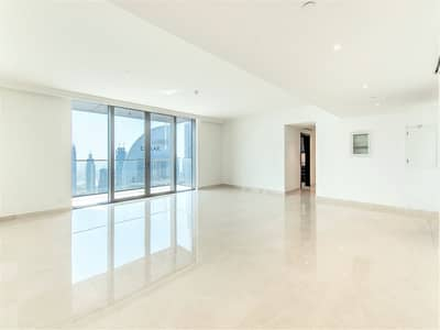 4 Bedroom Flat for Sale in Downtown Dubai, Dubai - Ultra Spacious Living and Master   Closed Kitchen