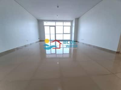 فلیٹ 3 غرف نوم للايجار في الخالدية، أبوظبي - NO Commission 3 BR With 2 Parking and Facilities.