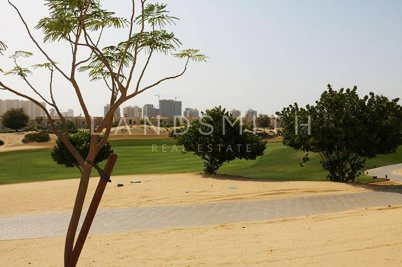 11 Exclusive | Huge Plot | Golf Course View | Type B1