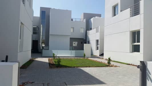 فیلا 4 غرف نوم للايجار في مردف، دبي - HOT DEAL!!! 4 BHK COMPOUND VILLA AVAILABLE FOR FAMILY
