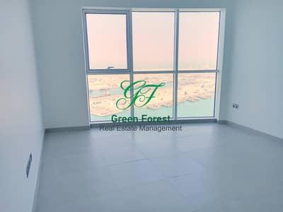 فلیٹ 2 غرفة نوم للايجار في منطقة الكورنيش، أبوظبي - Brand New two Bedroom Apartment Along maidroom &balcony