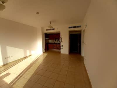 شقة 3 غرف نوم للايجار في واجهة دبي البحرية، دبي - nice view 1 bedroom with balcony and parking in 01 to 04 cheques