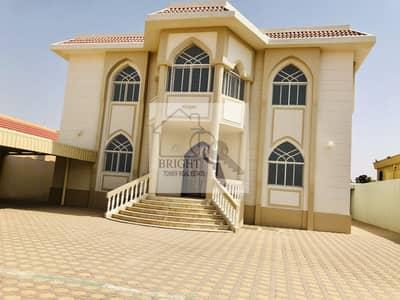 5 Bedroom Villa for Rent in Al Zakher, Al Ain - 5 bedrooms duplex villa | Huge yard | luxury interior