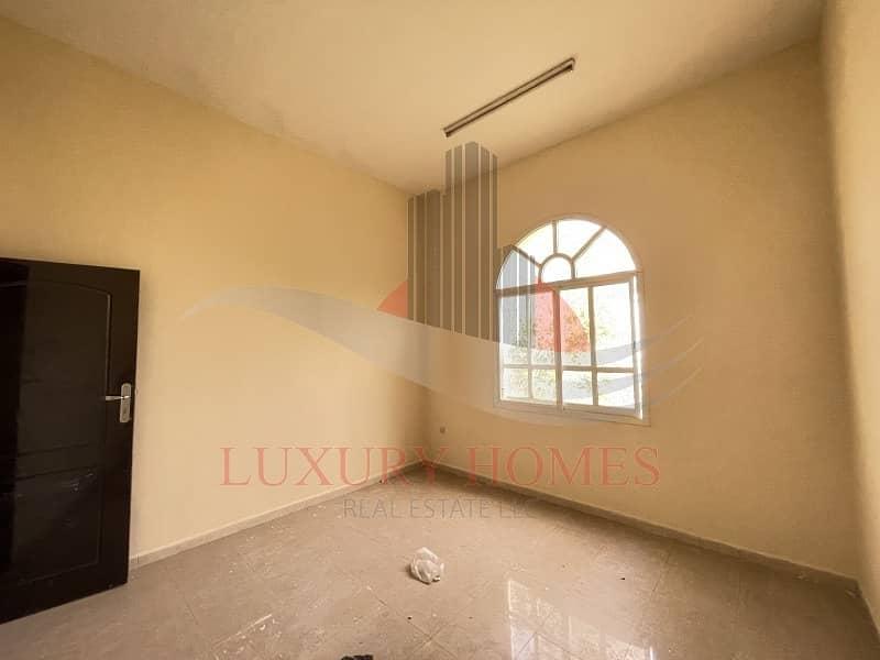 2 2 Bedroom Hall