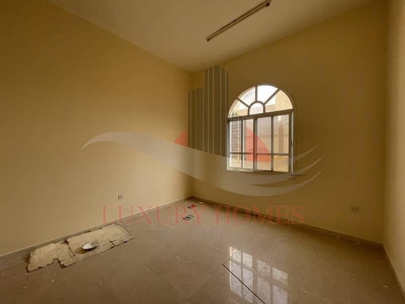 16 2 Bedroom Hall