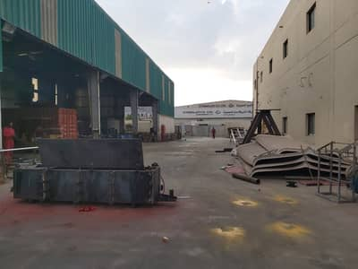 Warehouse for Sale in Mussafah, Abu Dhabi - Office And Warehouse With roof kran Available For Sale.