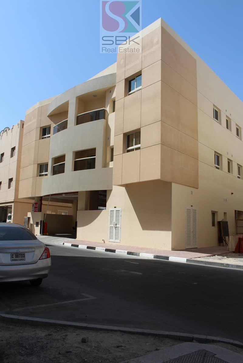 11 Spacious 2 bhk Available In Near Deira City Center