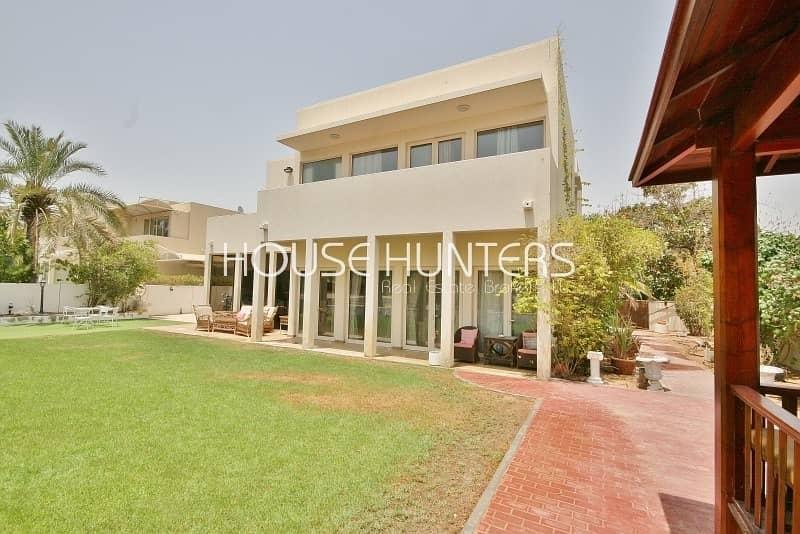 2 5 bedroom | Great location | Lovely Saheel