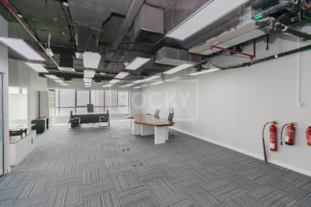 Office for Rent in Barsha Heights (Tecom), Dubai - Ready to Move | Bright and Spacious | Close to Metro