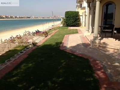 5 Bedroom Villa for Rent in Palm Jumeirah, Dubai - Spacious 5BR in The Palm For Good Price