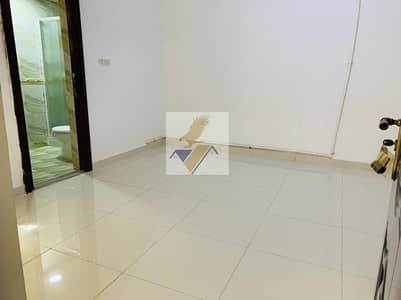 1 Bedroom Flat for Rent in Al Khalidiyah, Abu Dhabi - Monthly 1 BHK in a Villa with Balcony & Wardrobes Including Electricity Water In Khalidiyah 3300/-