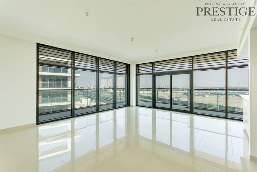 2 3 Beds + Maid Room l Large Balcony | Great Location