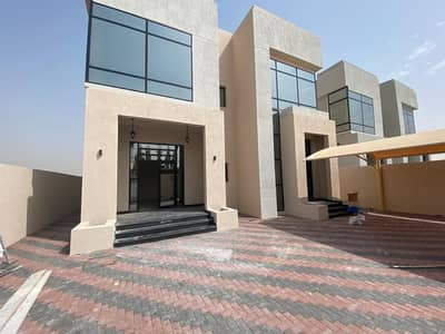 5 Bedroom Villa for Sale in Al Yasmeen, Ajman - For sale, super deluxe finishing villa on a neighboring street, a great location, the second plot of the main street