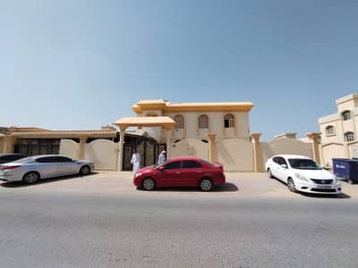 Amazing Offer 5-Bedroom Villa just 90k 10,000 sqft , 7 master rooms +maid room for rent in Al Rawda  Ajman
