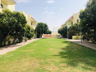 تاون هاوس 3 غرف نوم للايجار في أم سقیم، دبي - Nice 3 BR Townhouse in Umm Suqeim at 120K
