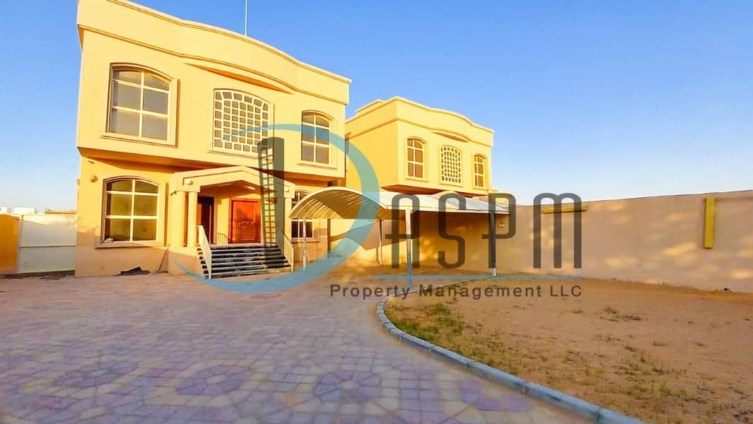 2 SEPERATED 5 BEDS WITH HUGE YARD 150K!