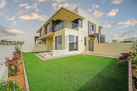 تاون هاوس 5 غرف نوم للبيع في دبي هيلز استيت، دبي - Corner unit|Ready to move in|Park facing