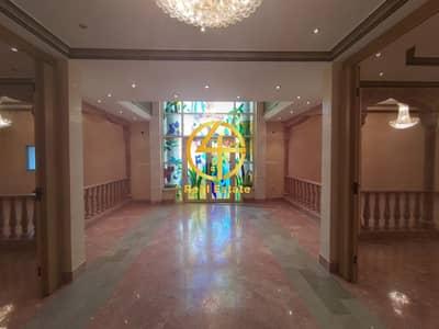 فیلا 10 غرف نوم للايجار في البطين، أبوظبي - First Class| 10 Master BR |  2Maid's | Swimming Pool