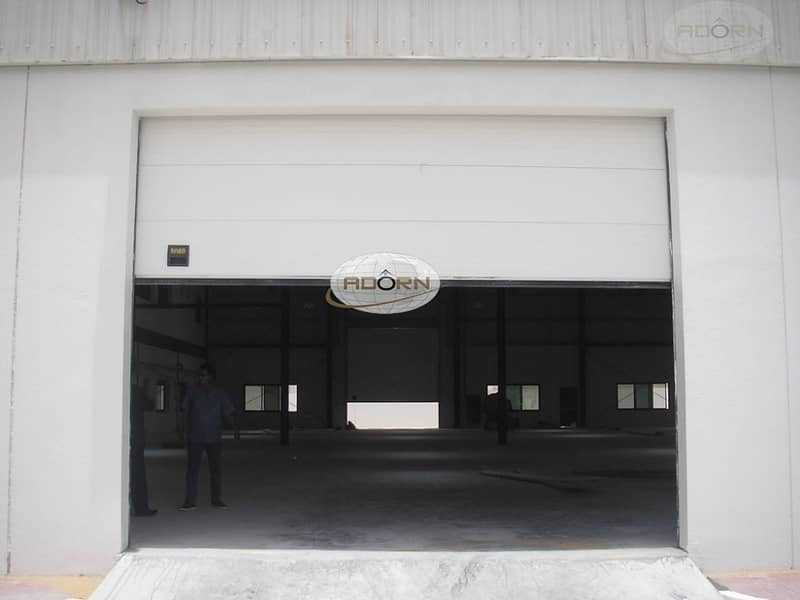 commercial warehouse 30071 sq ft Power 220 kw for sale