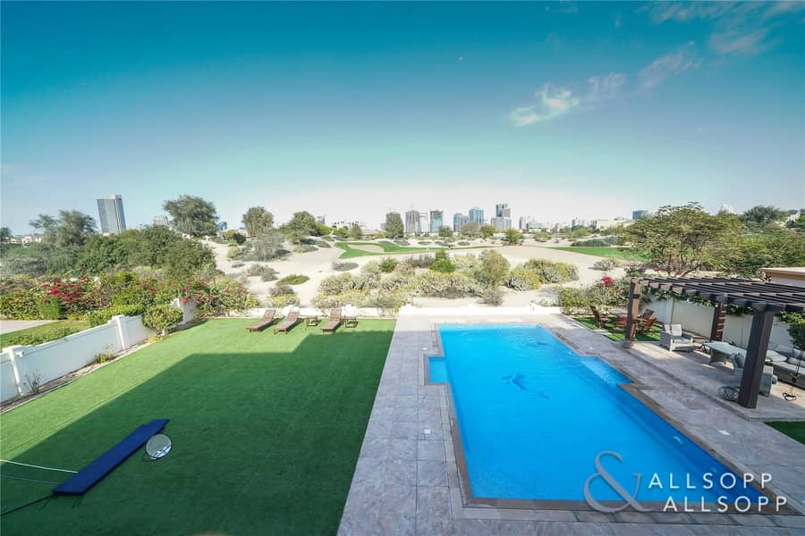 2 Huge Plot| Private Pool| Golf Course View