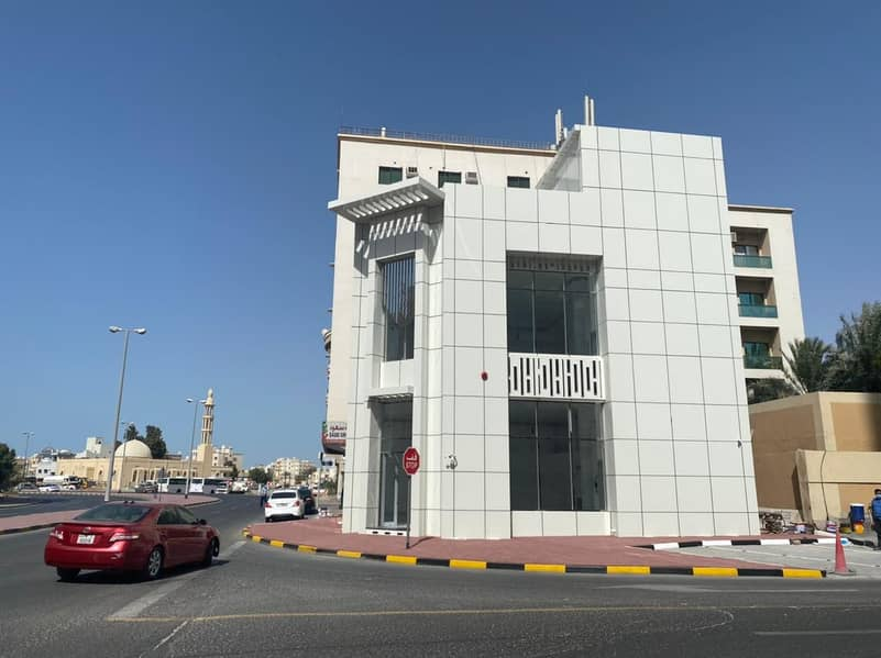 G+1 New Showroom Building for Sale in Liwara