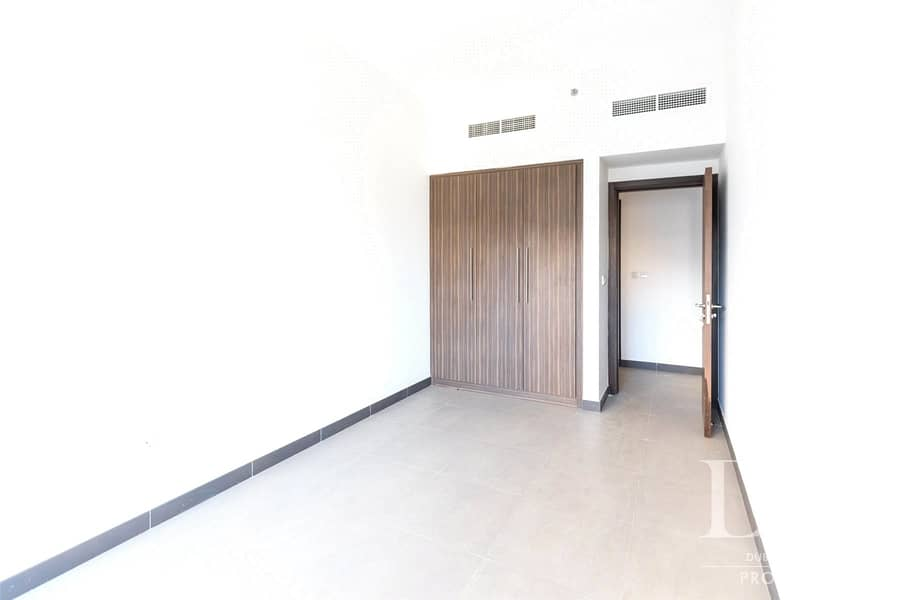 10 3BR | Panoramic View | Vacant
