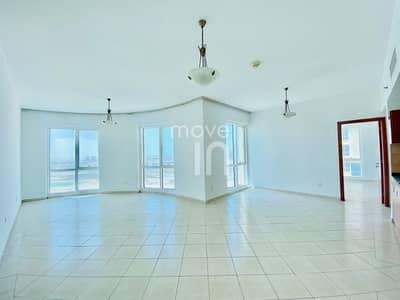 شقة 2 غرفة نوم للبيع في مدينة دبي للإنتاج، دبي - Tower A Front Facing Lake View - 2 Bed with Parking