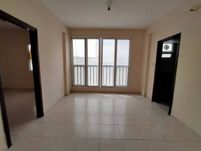 1 Bedroom Flat for Rent in Bu Tina, Sharjah - 1BHK for family close to Butina tasheel only 15 k Call M. Hanif