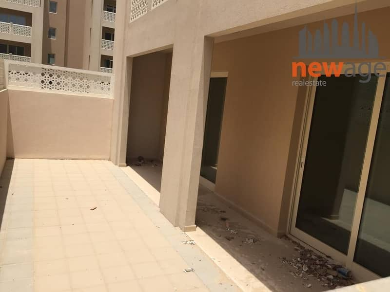 2 Beautiful Landscape View 2 Br With Courtyard