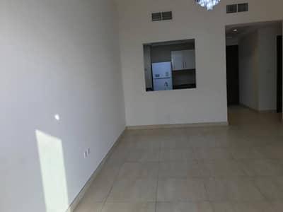 شقة 2 غرفة نوم للايجار في الفرجان، دبي - شقة في عزيزي توليب الفرجان 2 غرف 55000 درهم - 5065196
